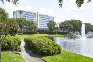 Hotel in Orlando Near International Airport